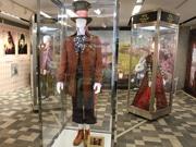 あべのハルカスで「アリス・イン・ワンダーランド」展 衣装など展示