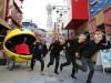 「パックマン人力車」が大阪初登場 通天閣周辺を2日間限定で走行