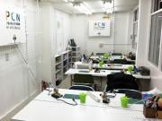 秋葉原に子ども向けプログラミング「PCN」旗艦店 工作スペース併設