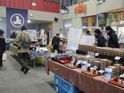 秋田市民市場で老舗醸造元が出張販売会 安藤醸造