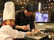秋田のステーキ専門店で子ども向け「調理体験会」 1周年記念で
