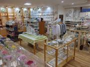 秋田にセレクト雑貨店 女性店主が人気アイテムそろえる
