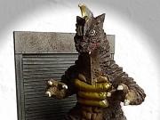 尼崎に怪獣「ガサキングα」現る 「ゆるくないキャラ」で地域のシンボル目指す