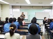 尼崎で「お笑い」テーマに市職員研修 矢野勝也さんが漫才伝授
