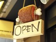 浅草に「マンガ肉」の店 「ガンダムカフェ」立ち上げメンバーが独立