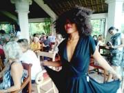 バリ島在住の美女がウォーキング ウブドでチャリティー・ファッションショー