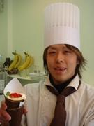 牛皮とあんを使った「いちご大福クレープ」-大津のクレープ店が限定発売