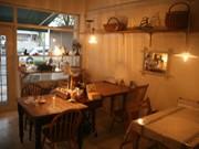 調布・甲州街道沿いにカフェ-開店して1カ月半、常連客着々と