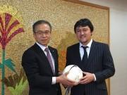 リオ五輪サッカーコーチ秋葉忠宏さん、市長を表敬訪問 オリンピックを語る
