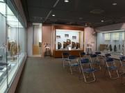 八戸市博物館で「えんぶり展・ひな人形展」 えんぶり衣装体験撮影コーナーも