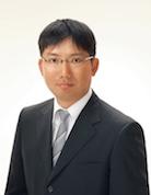 関内で経済評論家の平野和之さんの公開トーク コミュニティ経済とオープンイノベーションを語る