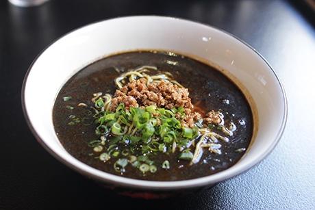 浜松・参野町に中華料理店 こだわりの担々麺9種類を用意