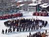 高山で消防出初め式-伝統訓練「舞い込み」や一斉放水
