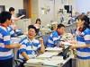 東大阪市役所、職員らラガーシャツで公務 クールビズ開始で