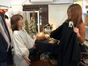 枚方のカフェ・ギャラリーで「春の装い展」 洋服作家とクロッシェアクセサリー作家がコラボ