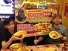 ゴーゴーカレーで早食いコンテスト-優勝者は東京の決勝大会に