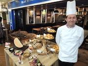 池袋にベーカリーカフェ&レストラン 仏国家最優秀職人章受賞のパン提供