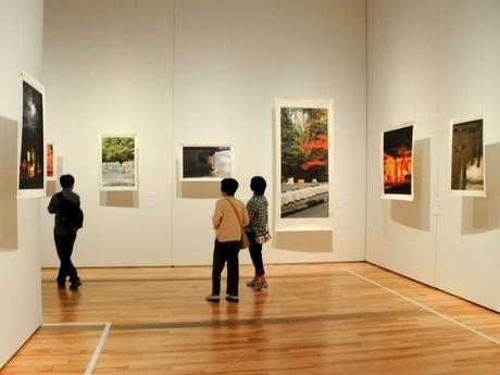 MINKEI 伊勢志摩経済新聞三重県立博物館で南川三治郎さんの神宮写真展「日本の心」
