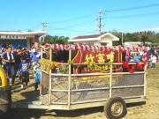 竹富町黒島で恒例の「牛まつり」盛大に 牛一頭が当たる「夢の牛抽選会」も