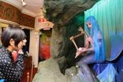 熱海秘宝館の「マーメイド」、30年ぶりに復活 「以前よりも美人」に