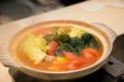三島のイタリアンがトマトベースの「アモーレ鍋」 女性ターゲットに