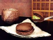 鹿児島の老舗茶店が期間限定「チョコどら」 20年続く「抹茶どら」をアレンジ
