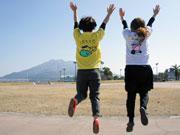 雑貨店が「鹿児島マラソン」非公式Tシャツ発売 方言シリーズ全10種