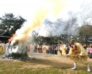加古川・鶴林寺で春の風物詩「お太子さん」 親子向けイベントも