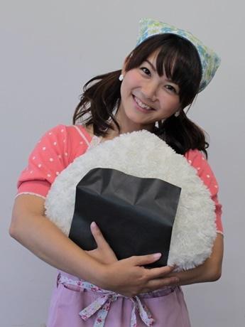 おにぎり専門店と京都放送の女子アナがコラボ、販売イベント開催へ おにぎり専門店「まんぷくおにぎり