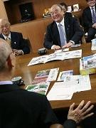 新潟県五泉市長が葛飾区を表敬訪問 川底探査カメラ「葛飾っ子1号」きっかけに