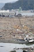 吉祥寺で写真展「津波が来た学校」-石巻のボランティアが開く