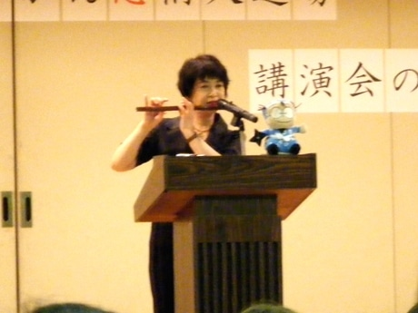 「忍たま乱太郎」尼子騒兵衛さんが講演-テーマは「果報は寝てまとう」 - 神戸経済新聞