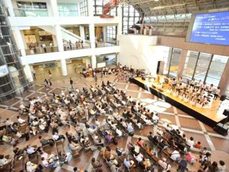 大学生が運営する「スイング・ジャズ・クルーズ」今年も開催-1万人動員へ