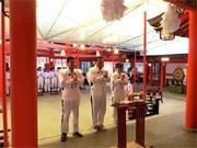 生田神社で地元「真正ジム」のプロボクサーらが必勝祈願