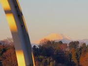 日本一富士山がきれいに見える地下鉄駅「川和町駅」で初富士くっきり