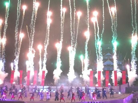 大阪城でUSJの初パーク外イベント「戦国ライブショー」公開