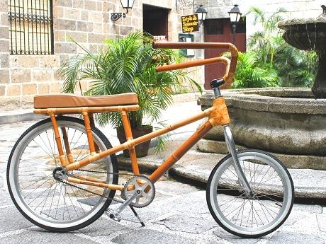 竹製自転車「バン・バイク」で ...