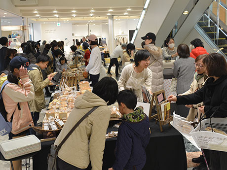 松本パルコで「パンパパンフェス」 パン&パンに合う食材、14店が出店
