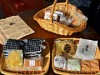 松本市職員らが「シロカシ」PR 城下町・松本を意識した菓子10種類を販売