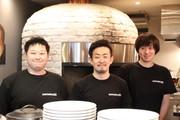 中目黒にイタリア料理店「ファンタジスタ223」 店内の薪窯で調理