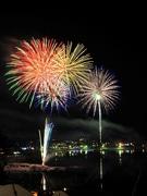 河口湖「冬花火」、週末中心に全13回 富岳百景イメージテーマに