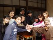 中野で東京ヴォードヴィルショーの喜劇「あおげば」、超満員で千秋楽