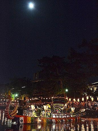 中秋の名月に猿沢池で「采女祭」 采女の霊を慰める伝統行事