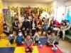 練馬の「ねり丸」がサンタに 区内の小児科病棟を訪問