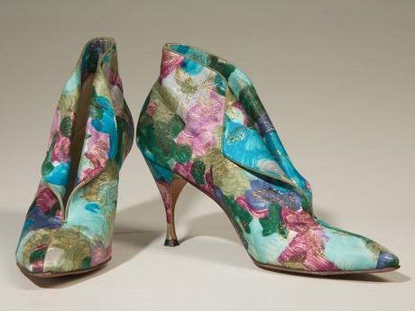 セレブに愛される靴ブランド「デルマン」、歴代の靴公開-FIT大学院が企画 , ニューヨーク経済新聞