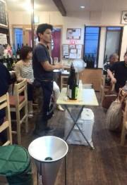 福生の飲食店で日本酒を楽しむ会 飯能の五十嵐酒造の蔵人招く
