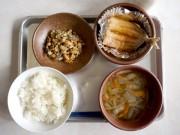 岡山初・和食給食の食育出前授業 給食で日本文化知る