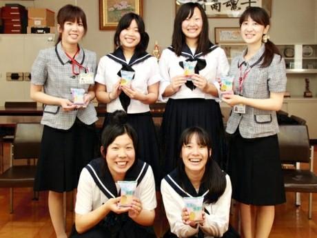 岡崎商業高等学校制服画像