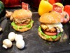 大阪・ハードロックカフェで肉不使用のハンバーガー 期間限定の野菜メニューで