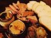 世田谷・若林に大衆ビストロ 「タイ×日本」的カレーつけ麺や自家製シャルキュトリーを提供